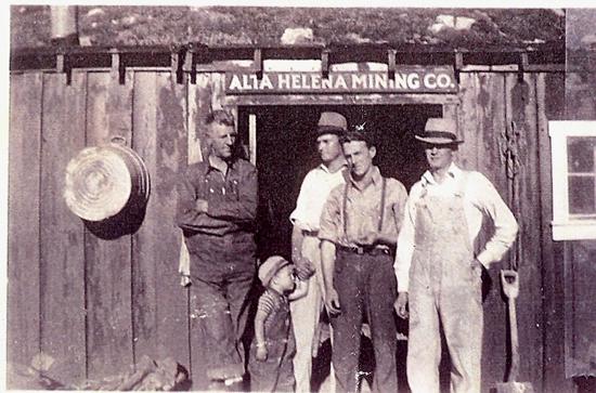 http://www.centralpt.com/customer/image_gallery/303/ImageGallery/Mining/Big/MINERSATTHEALTAHELENAMININGCO.ENTRANCE-ALTACIRCA1920.JPG