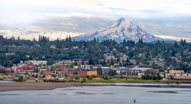 Hood River Oregon and Mount Hood